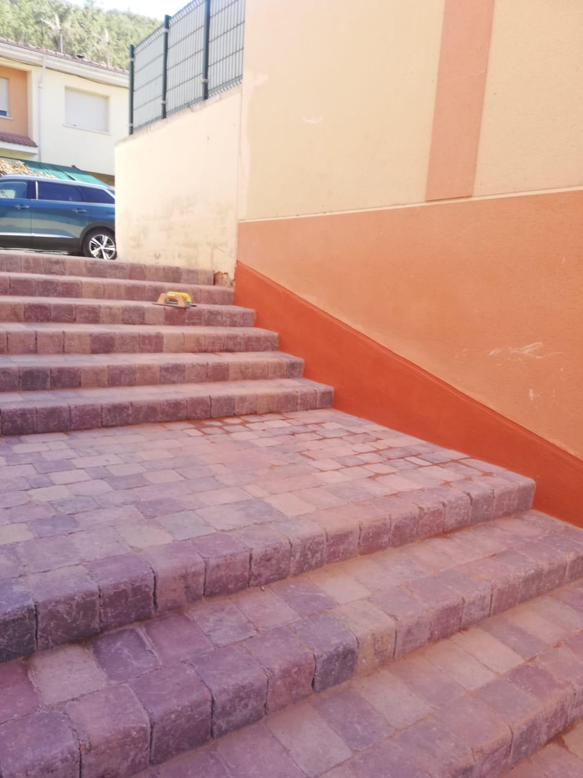 escalera_de_adoquines_arabes_en_trillo (2)