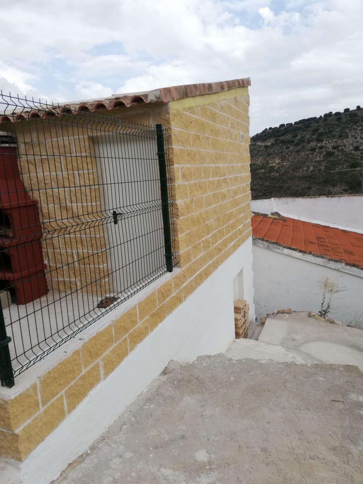 muro_de_bloques_guadalajara_madrid (2)